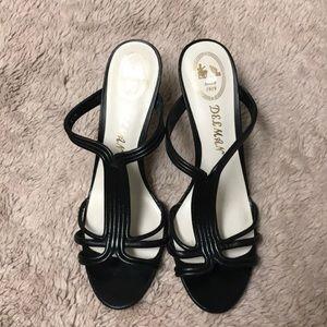 Selmas leather strappy sandal